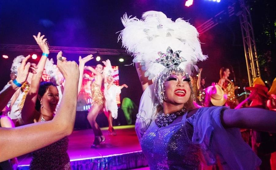 drag divas at the Darwin Festival